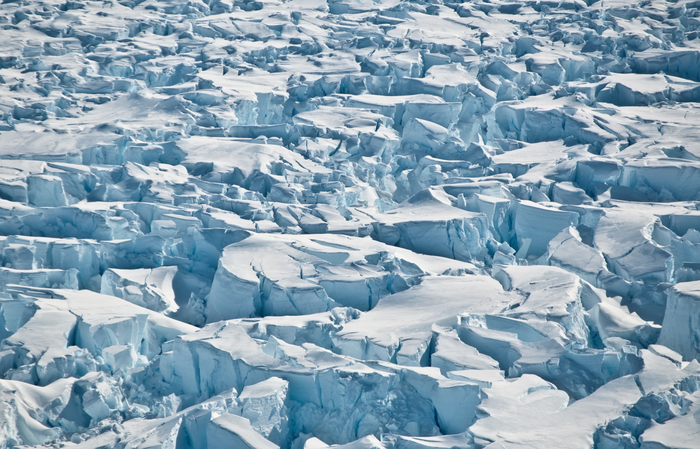 Crevasses near the grounding line of Pine Island Glacier, Antarctica. Credit: University of Washington/I. Joughin